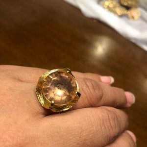 BEAUTIFUL FASHION RING SIZE 7